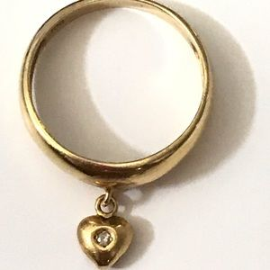 18K Gold Heart Diamond Ring size 5.5